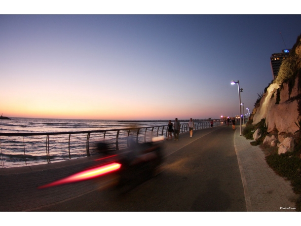 /sites/default/files/fast_at_the_beach_road-other.jpg